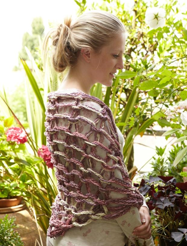 raspberry ripple shawl